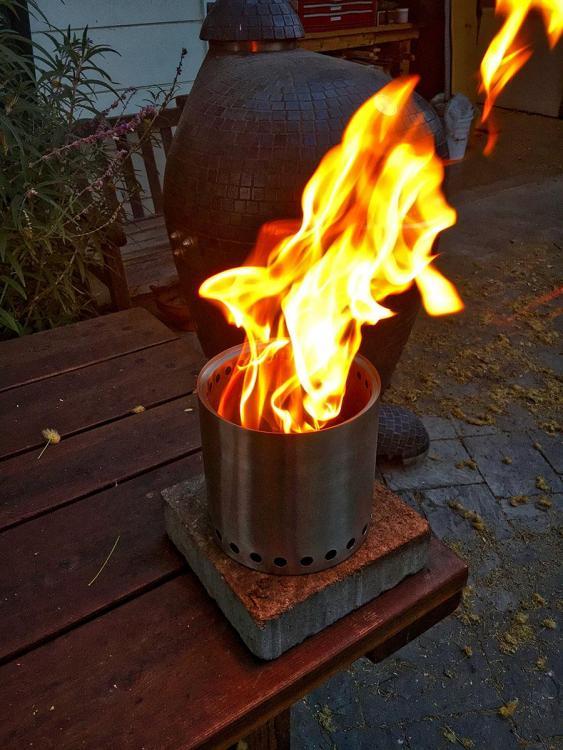 flame.thumb.jpeg.4703e9fbedd6ba133e1cf83a7642c888.jpeg